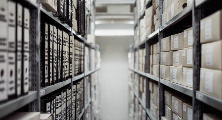 文書のライフサイクルを知り、保存すべき書類を電子化して省スペースに!