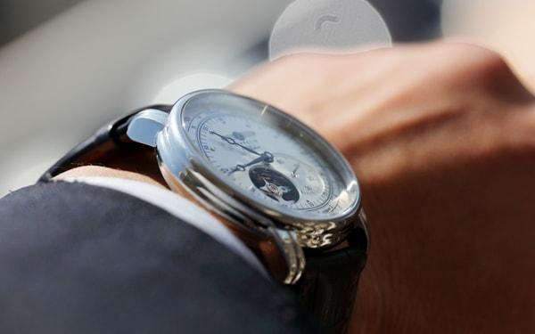 時計の修理をされる企業からの事例をご紹介